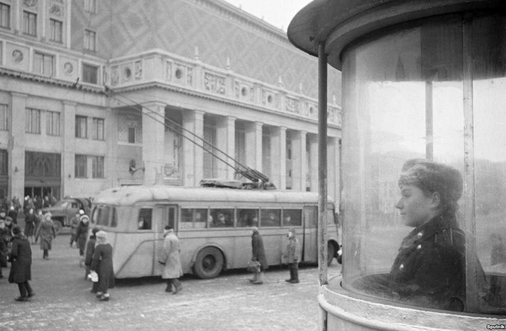499019 Площадь Маяковского 1945 Анатолий Гаранин РИА Новости.jpg