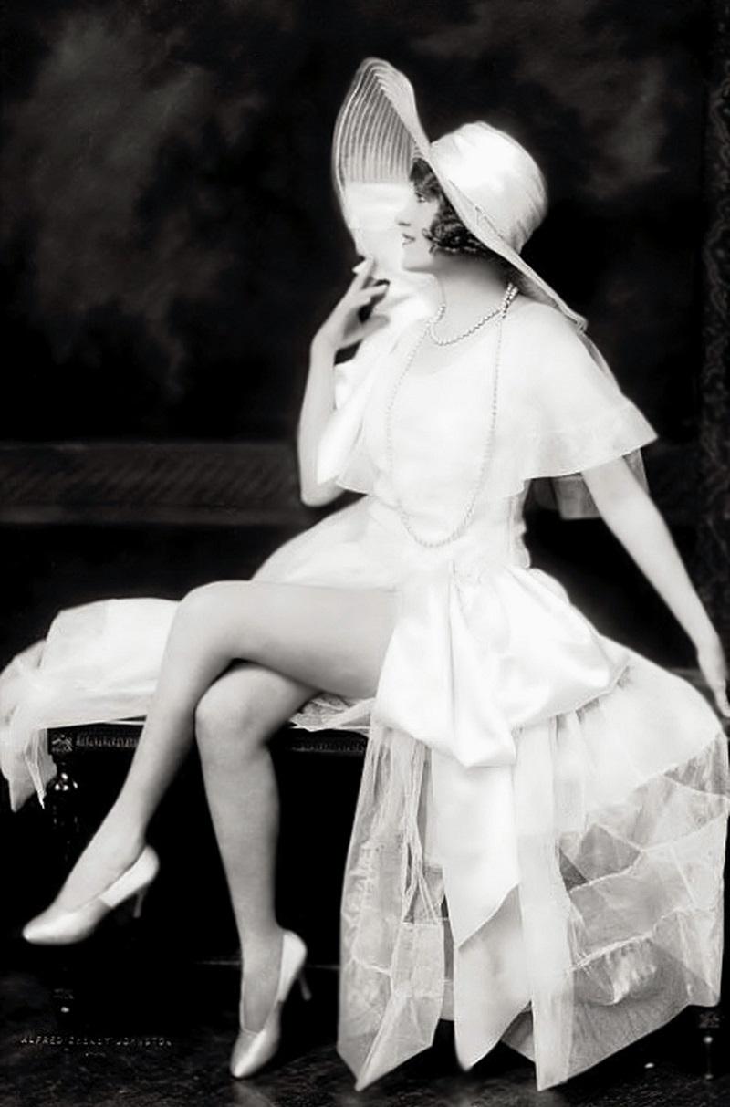 Ruth Etting - Ziegfeld - 1929 - By Alfred Cheney Johnston.