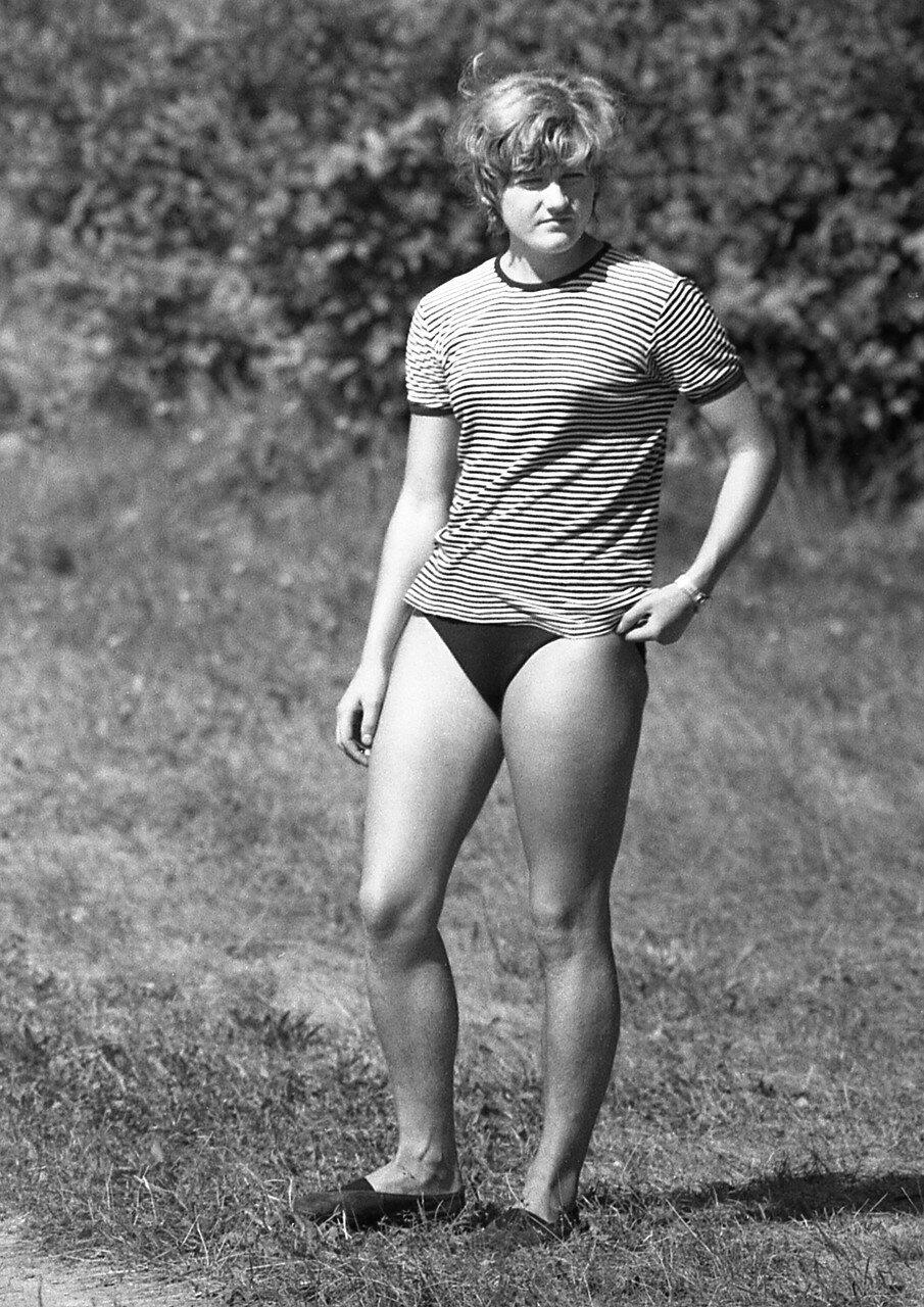37. Комсомолка, спортсменка