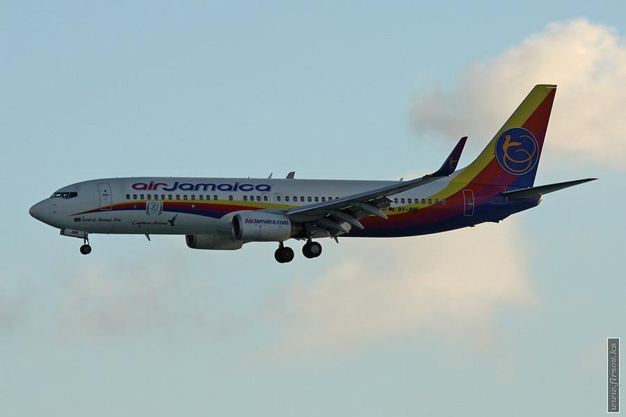 B-737_9Y-JME_Air_Jamaica_1_SXM_for_zpscc184866.JPG