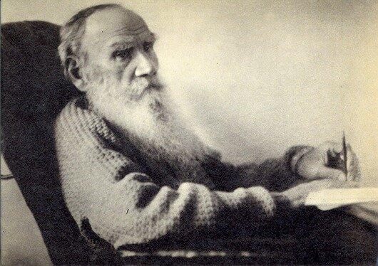 28 августа 1908 года, Ясная Поляна. Л.Н.Толстой в день 80-летнего юбилея. Фото В.Г.Черткова