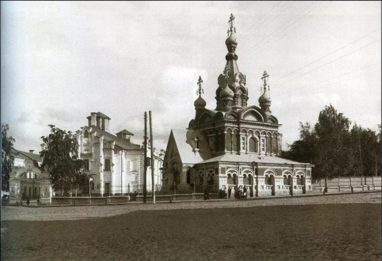 Приют им. Кутайсовой, Иоанно-Богословская церковь