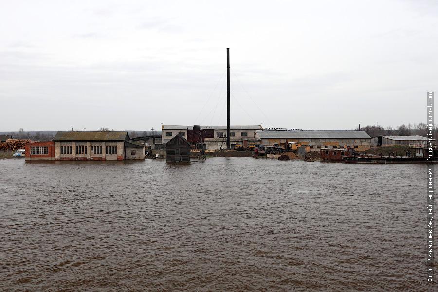 затопленный лесозавод в поселке Арпорек