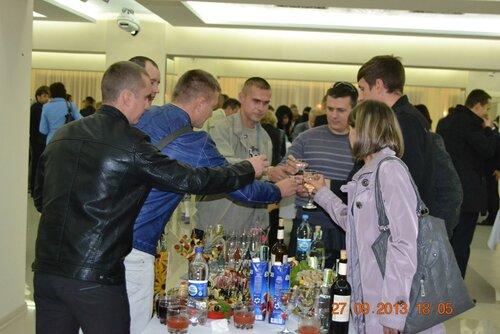 Фуршет на 15-ти летие Укснаб