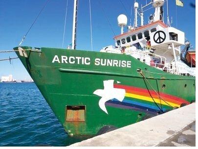 С «хулиганов» из Greenpeace снято обвинение в пиратстве