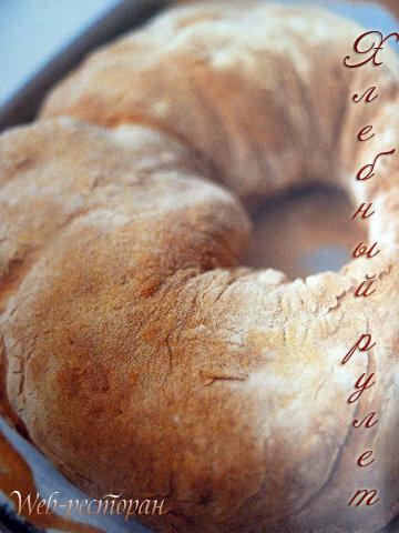 Домашний хлеб с пармской ветчиной и сыром