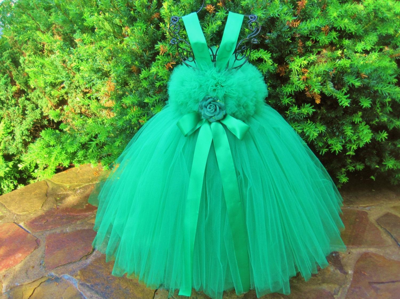 Сшить платье с фатина 48