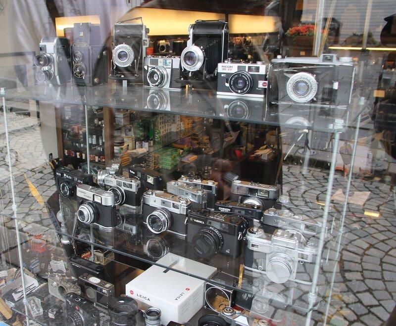 Б ерген, магазин фотораритетов, Bergen,  Vetrlidsallmenningen,  the antique store of the photographic equipment