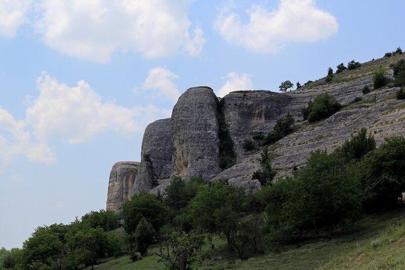 Гора Баш-Кая у села Красный Мак