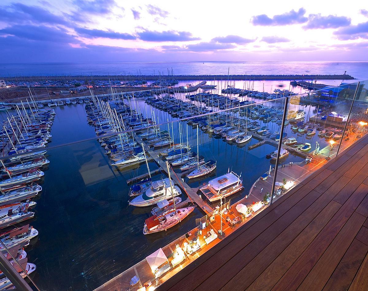 пентхаус в Израиле, квартира в Тель-Авиве, квартира с видом на океан, квартира на берегу Средиземного моря, дизайн интерьера, квартира с видом на гавань