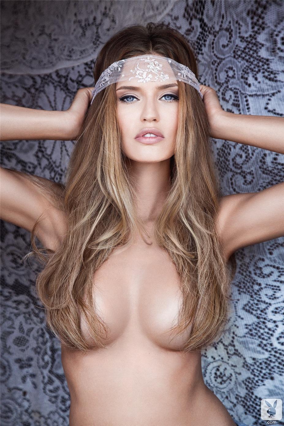 Фотосет моделей журналов playboy смотреть бесплатно 1 фотография