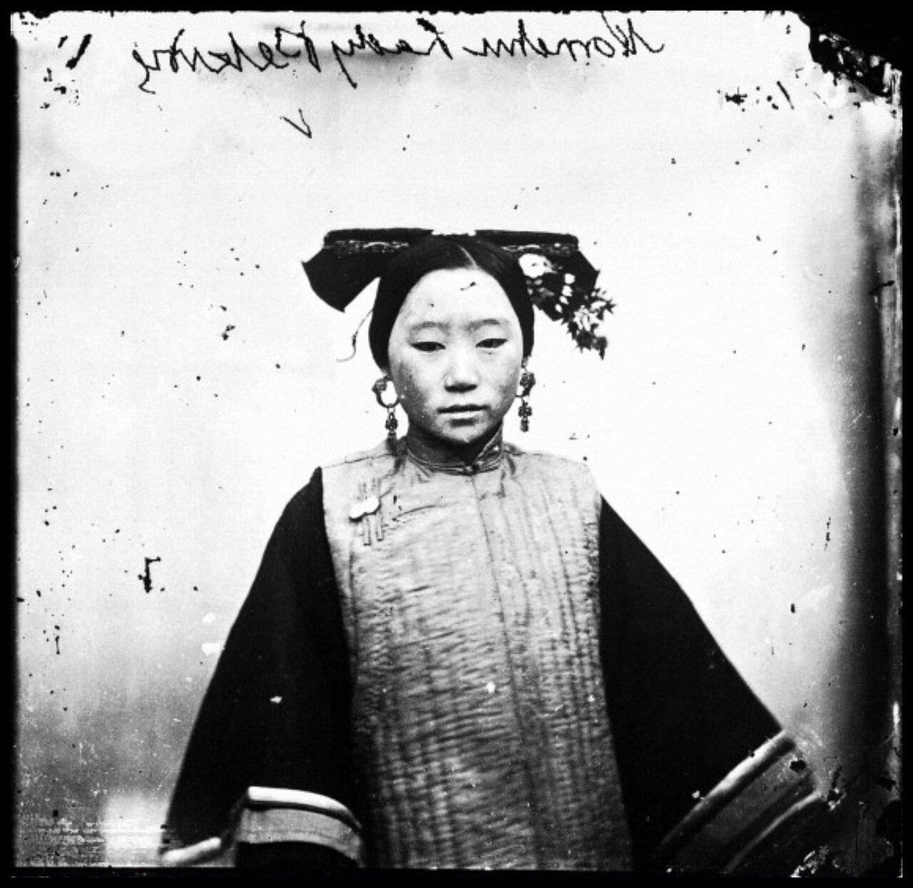 1869.Образец прически маньчжурской девушки, Пекин