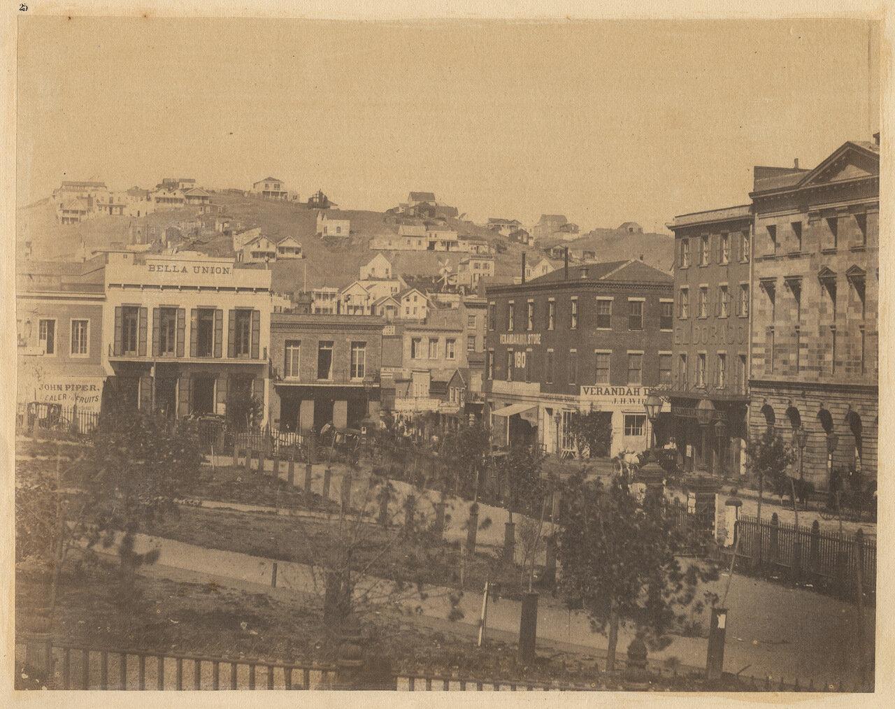 Вид площади