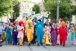 2  Праздничное шествие по центральным улицам города Евпатори.jpg