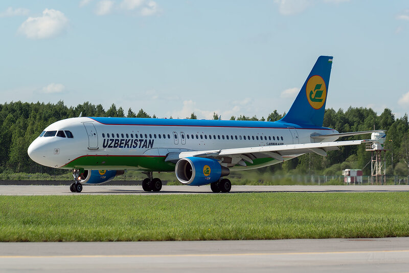 Airbus A320-214 (UK32015) Uzbekistan D800860