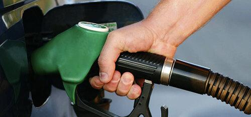 Летом бензин подорожает на шесть процентов