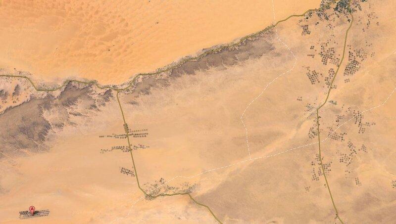 Много непонятных точек в Ливийской пустыне