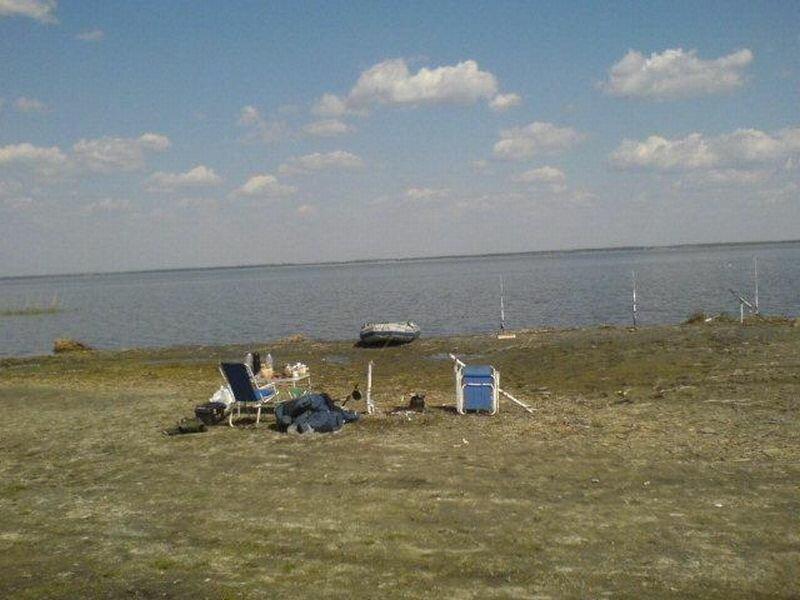 Есть удобные заходы в воду, пляжи (06.08.2013)