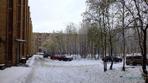 Фотография Инты №6003  Двор домов Воркутинская 15 и 13 02.10.2013_11:57