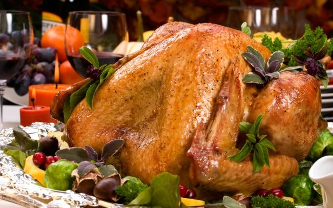 Ингредиенты: курица 2зубчика чеснока соль перец лавровый лист другие приправы повкусу Приготовлени