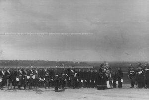 Обряд окропления рядов полка святой водой перед парадом.