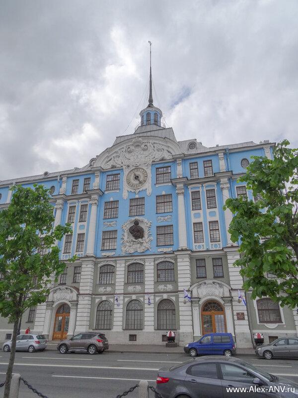 Нахимовское училище.