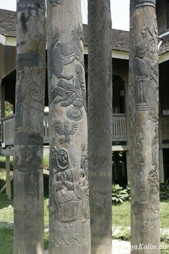 Деревянная церковь в деревне Теринг