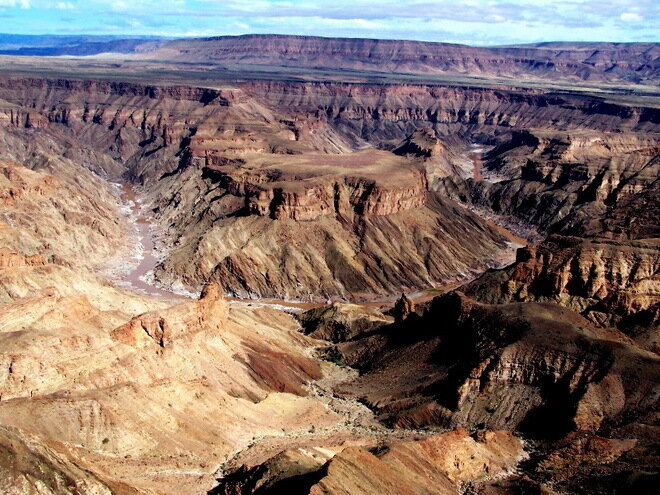Каньон Фиш-Ривер (Fish River Canyon). Намибия