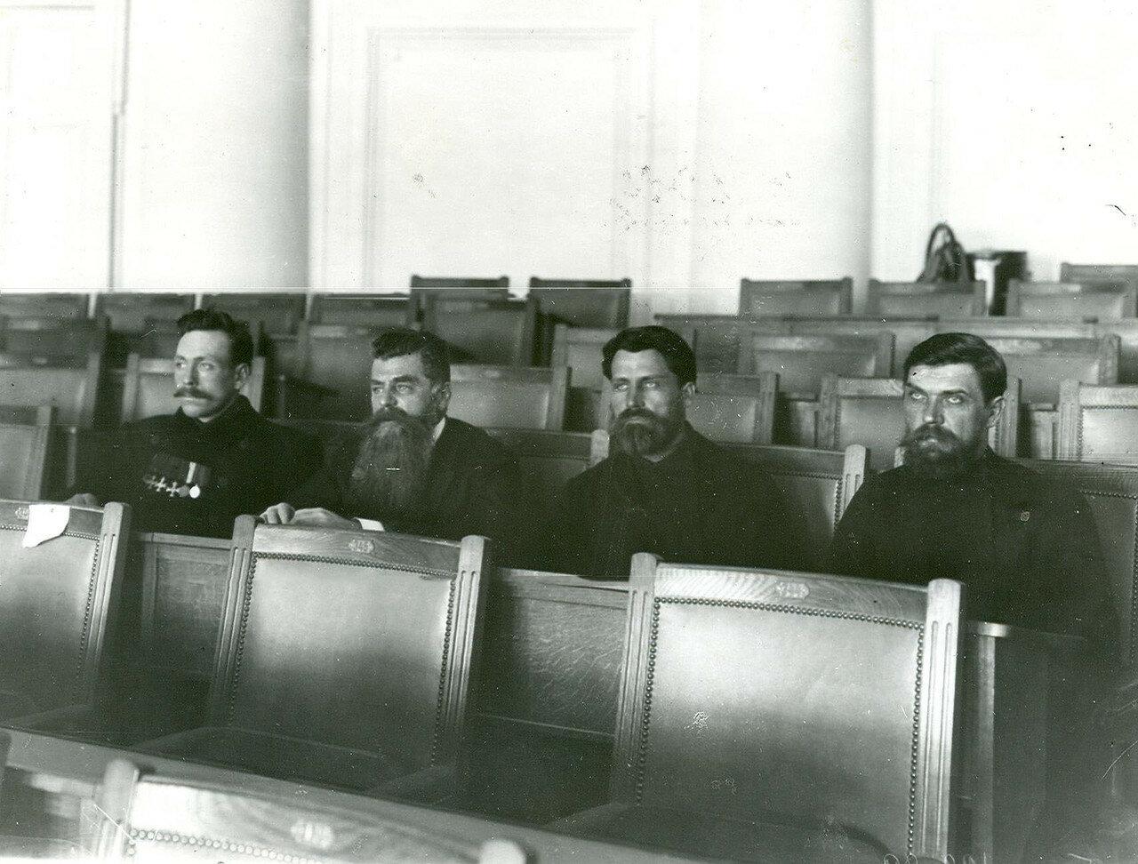 Депутаты во время заседания Второй Государственной Думы в зале Таврического дворца