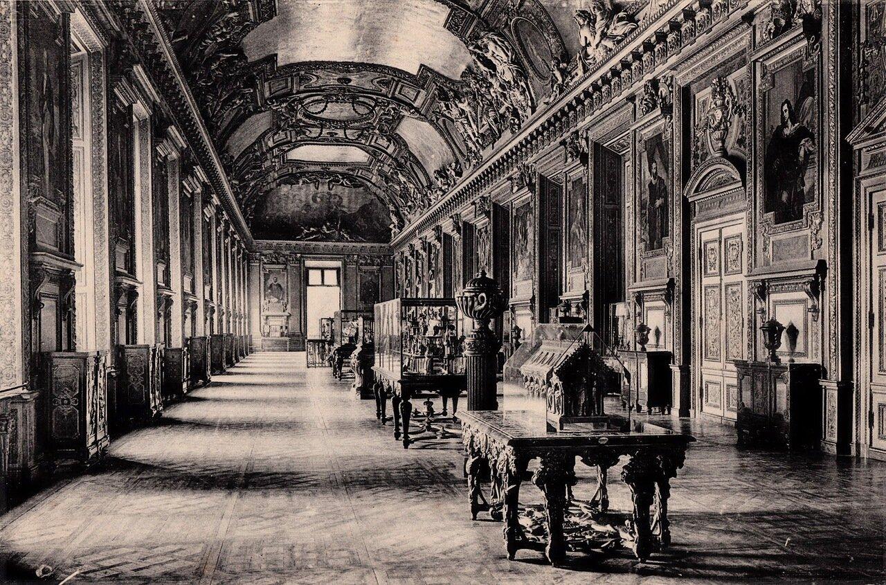 1910-е. Новый Лувр. Галерея Аполлона