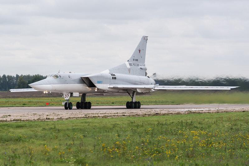 Туполев Ту-22М-3М (RF-94145 / 37 красный) ВВС России D802456