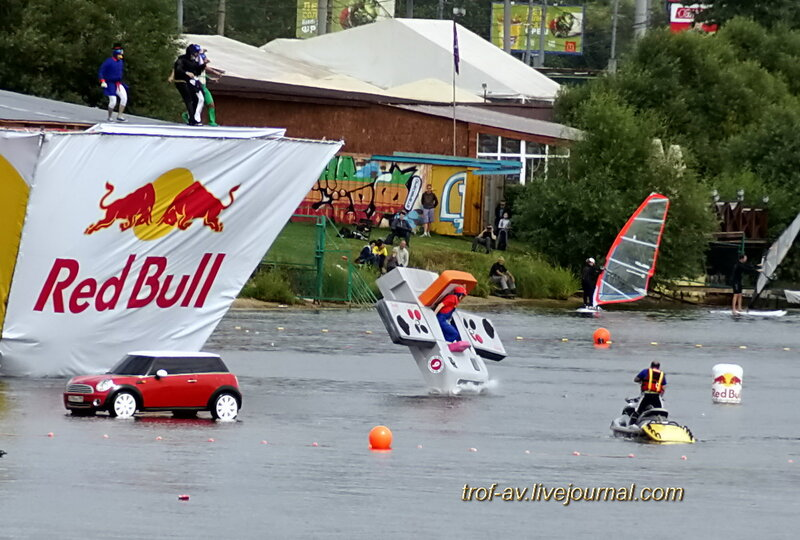 Денди-марио, Red Bull Flugtag 2013, Москва