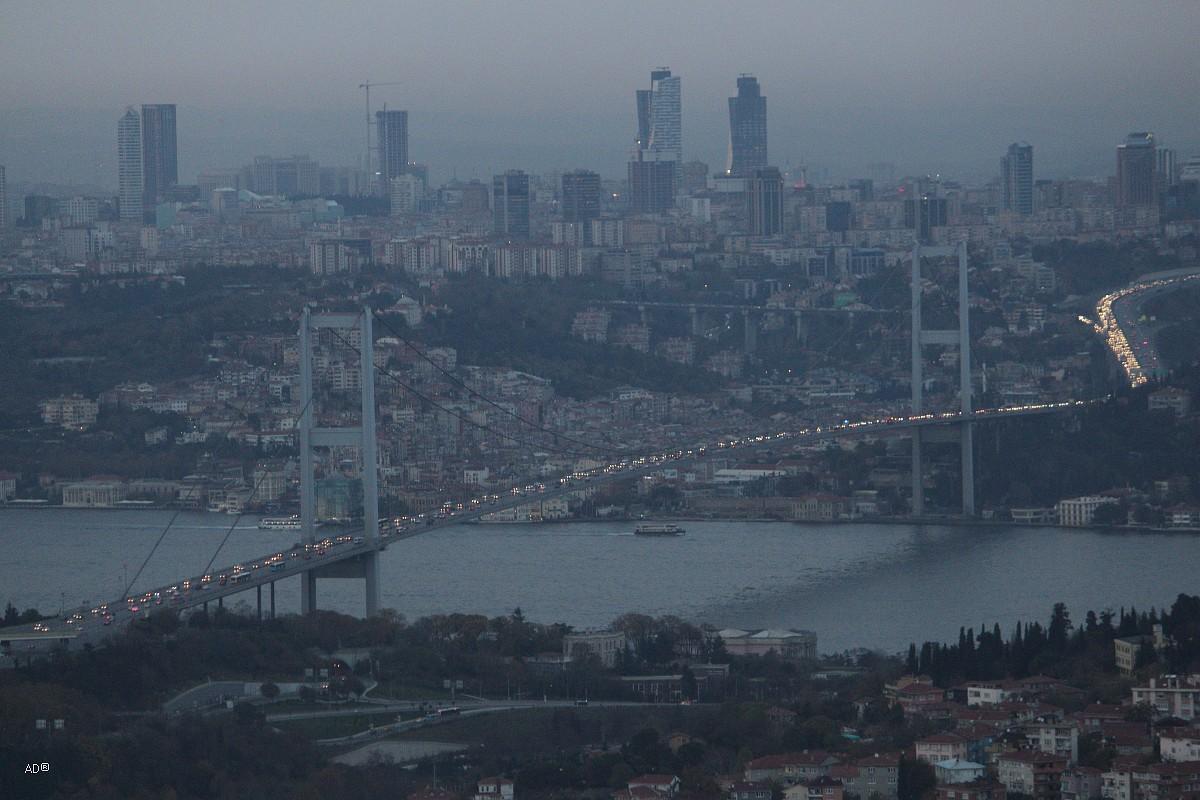 Обзорная площадка в Чамлыджа - Ночной Стамбул