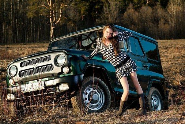 Голые русские девушки на уазике видео хорошее