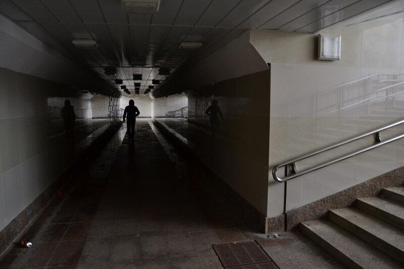 Фото подземного перехода на черной речке спб