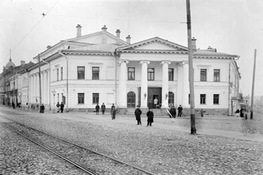 Внешний вид здания Дворянского собрания