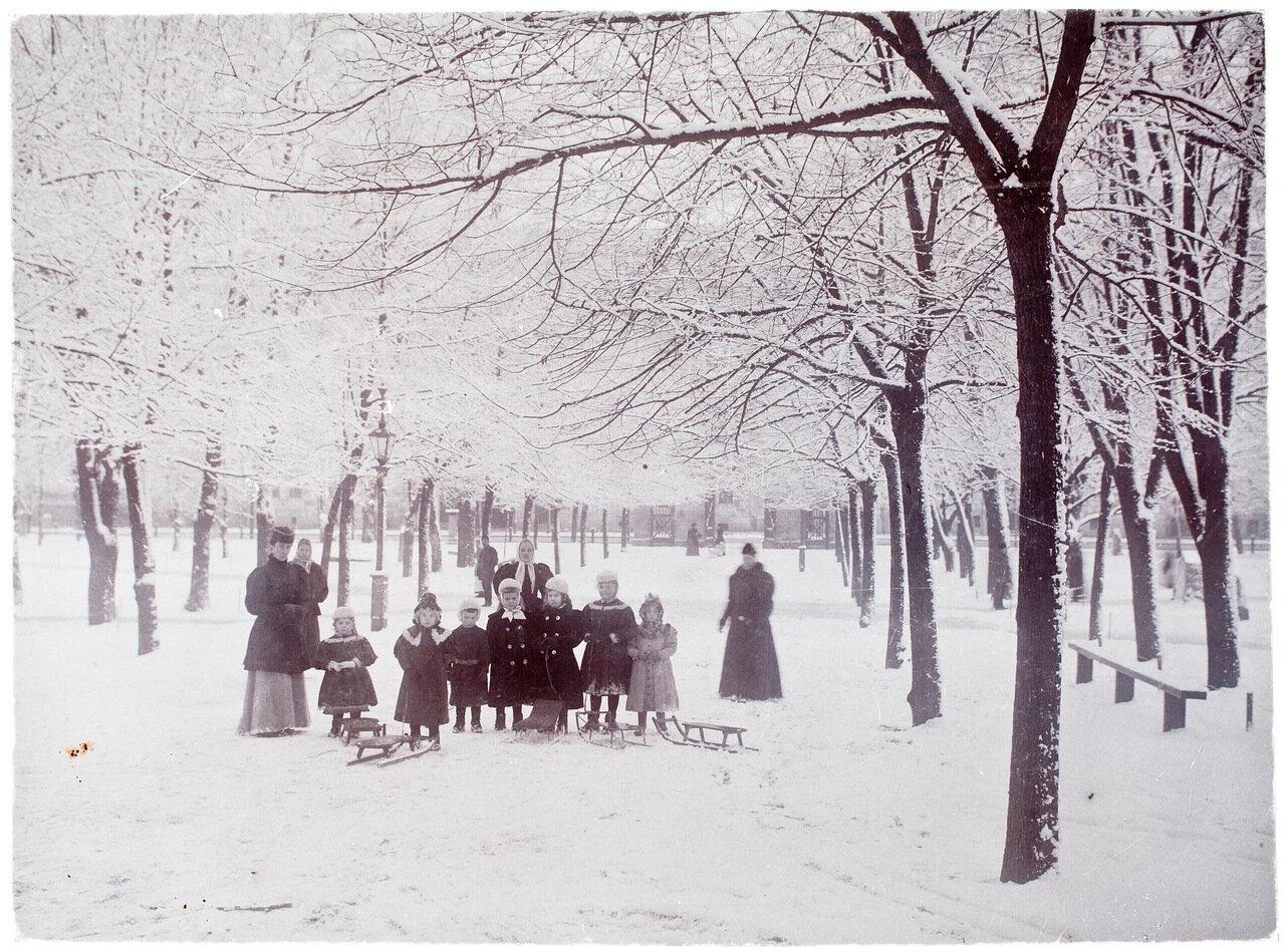 Парк и Старая церковь, 1890