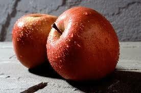 Употребление яблок оказывает омолаживающий эффект