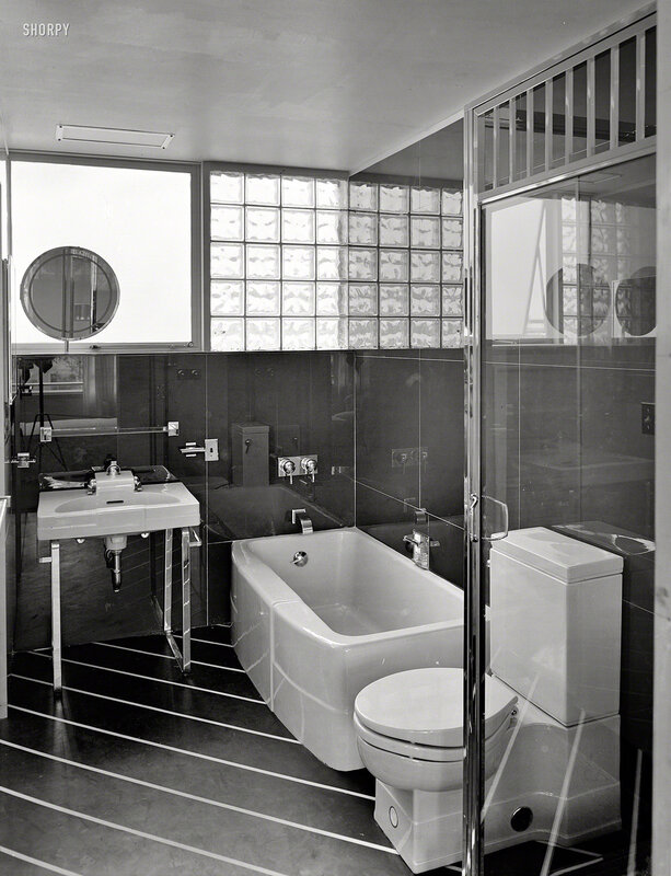 June 12, 1939. House of Glass No. 4, New York World's Fair. Master bath. Landefeld & Hatch, architect