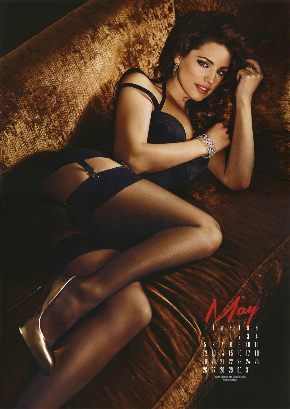 май - Календарь сексуальной красотки, актрисы и модели Келли Брук / Kelly Brook - official calendar 2014