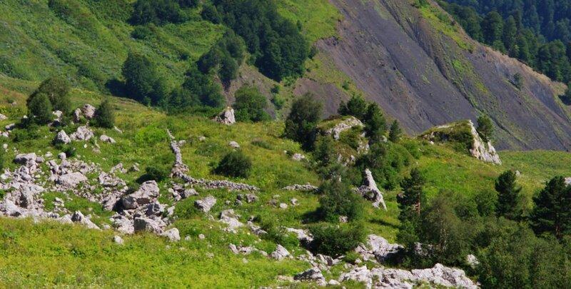 Гдето между гзерипльским и армянским перевалами
