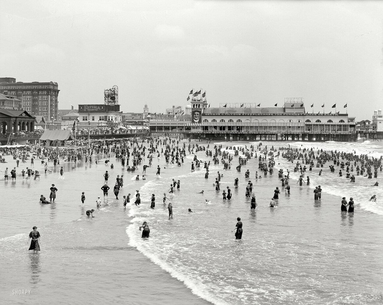 1911. Прекрасное место для купания