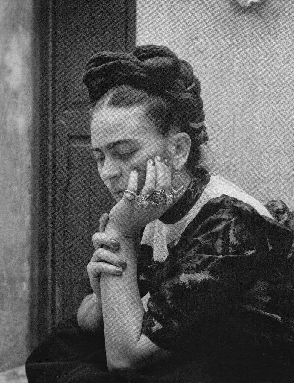 1944. Фрида Кало, Калифорния.
