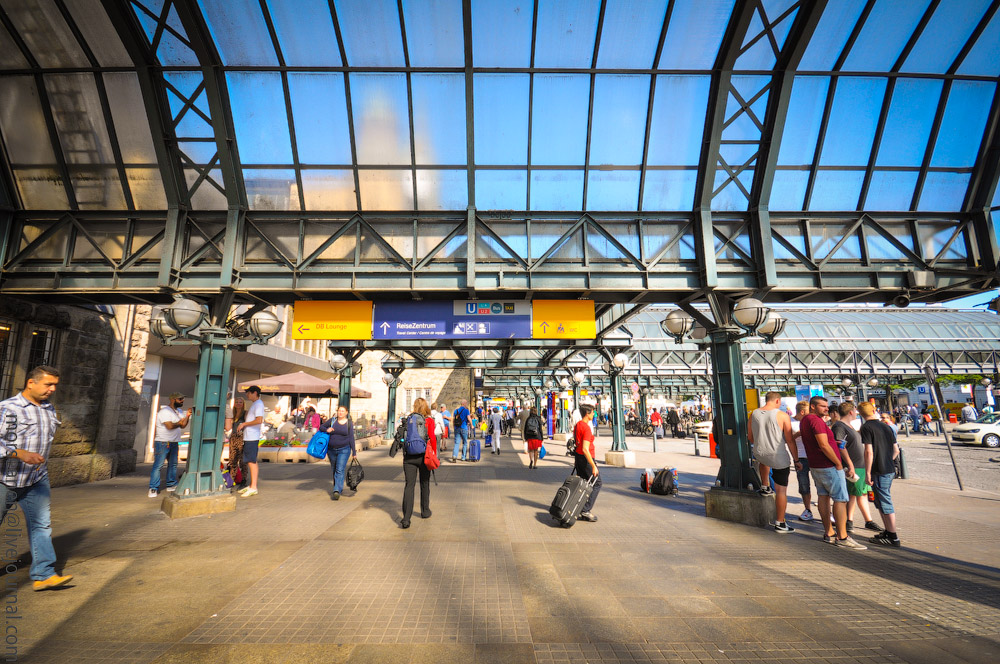Hauptbahnhof-(10).jpg