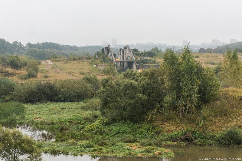 Руины шлюзов Подольского моря