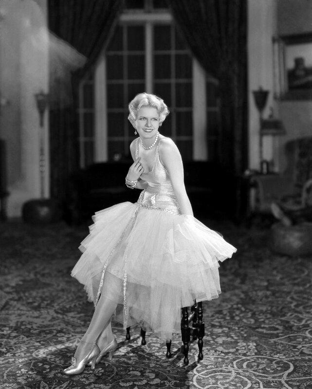 circa 1930: MGM star Jean Harlow (Harlean Carpentier) (1911 - 1937) in evening dress.