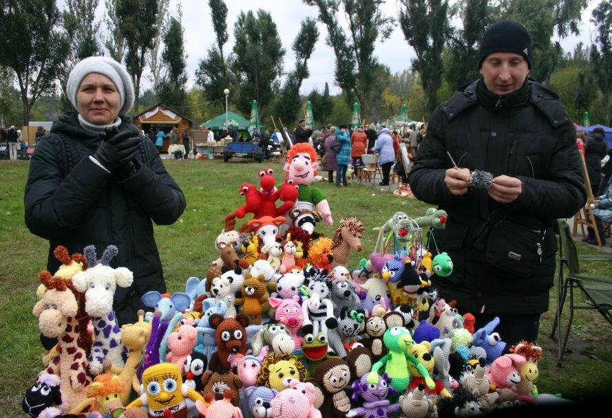 ФОТОРЕПОРТАЖ: В День города мэру вручили большой ключ, а запорожцев развлекали живые статуи, фото-8