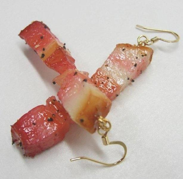 Что японцы делают с продуктами! Квадратные арбузы, фигурки из груш и другое