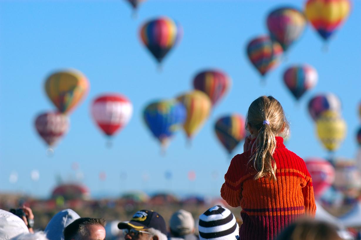 10 место. Фестиваль воздушных шаров в Альбукерке — крупнейший фестиваль воздухоплавания в мире. В те