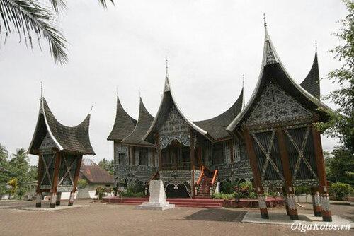 Дворец народа минангкабау
